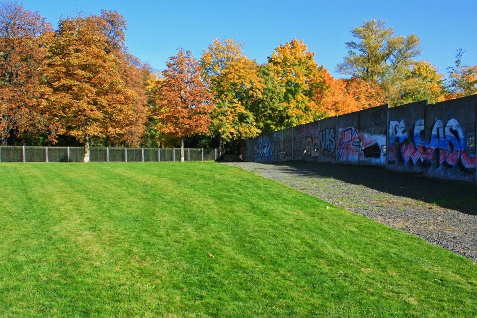 Gedenkstätte Berliner Mauer, Berlin Wall Memorial, Bernauer Strasse, Berlin, Hauptstadt, Mauerfall, Fall of the Wall, Berlin Wall, Berliner Mauer, Germany, Deutschland, fotoeins.com