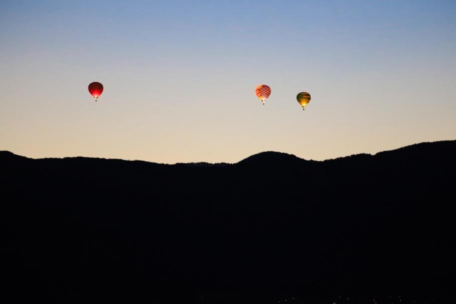 Albuquerque International Balloon Fiesta, Dawn patrol, Balloon Fiesta, Balloon Fiesta Field, Albuquerque, NM, USA, fotoeins.com