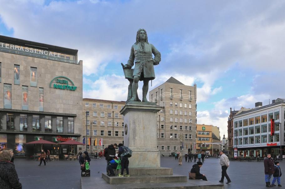 George Frederic Händel, Händel, Handel, Händel-Denkmal, Händel Monument, Marktplatz, Halle, Halle an der Saale, Halle (Saale), Saxony-Anhalt, Sachsen-Anhalt, Germany, Deutschland, fotoeins.com