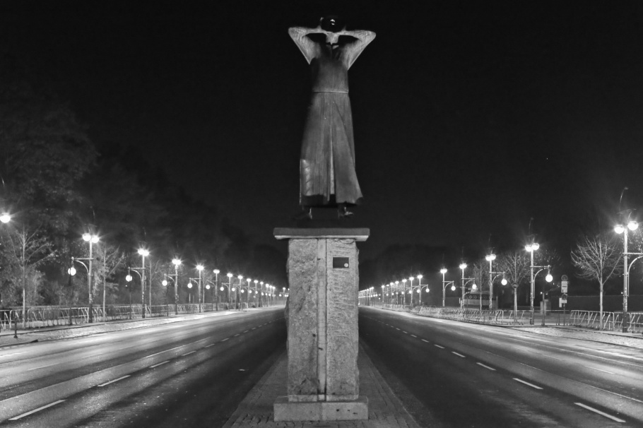 Der Rufer, Gerhard Marcks, Strasse des 17. Juni, Tiergarten, Hauptstadt, Berlin, Deutschland, Germany, fotoeins, black and white, monochrome