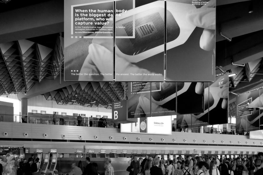 Flughafen Frankfurt am Main, Frankfurt am Main Airport, FRA, FRAport, Frankfurt am Main, Frankfurt, Germany, Deutschland, fotoeins, black and white, monochrome