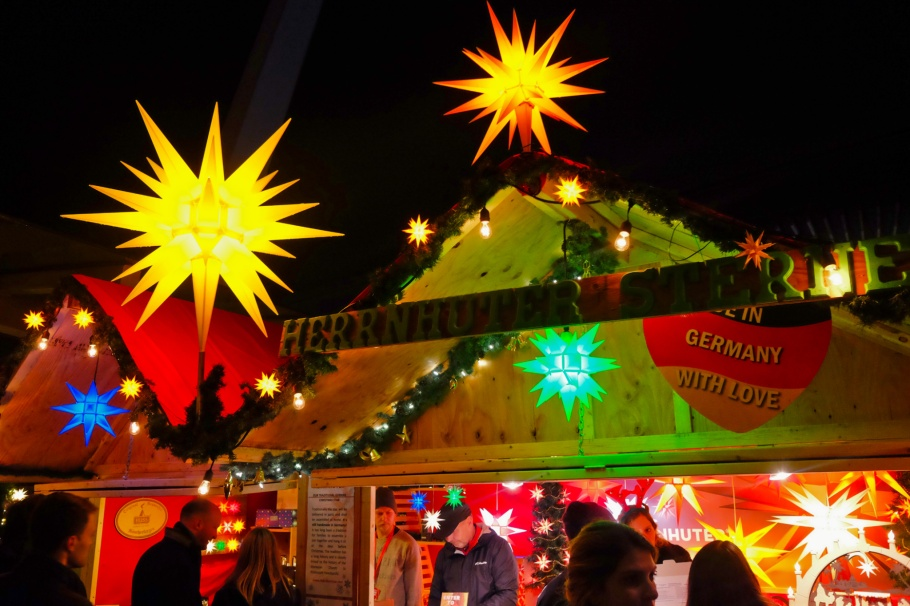 Christmas star, Herrnhuter Sterne, Germany, Vancouver Christmas Market, Vancouver, BC, Canada, fotoeins.com