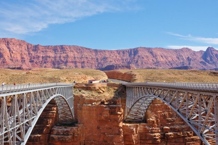 Navajo Bridge, Glen Canyon National Recreation Area, Navajo Bridge Interpretive Center, Colorado River, US 89A, US Route 89A, Lee's Ferry, Glen Canyon, Marble Canyon, Arizona, National Park Service, USA, fotoeins.com