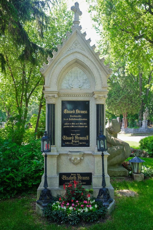 """Eduard """"Edi"""" Strauss, Wiener Zentralfriedhof, Wien, Vienna, Austria, Österreich, fotoeins.com"""