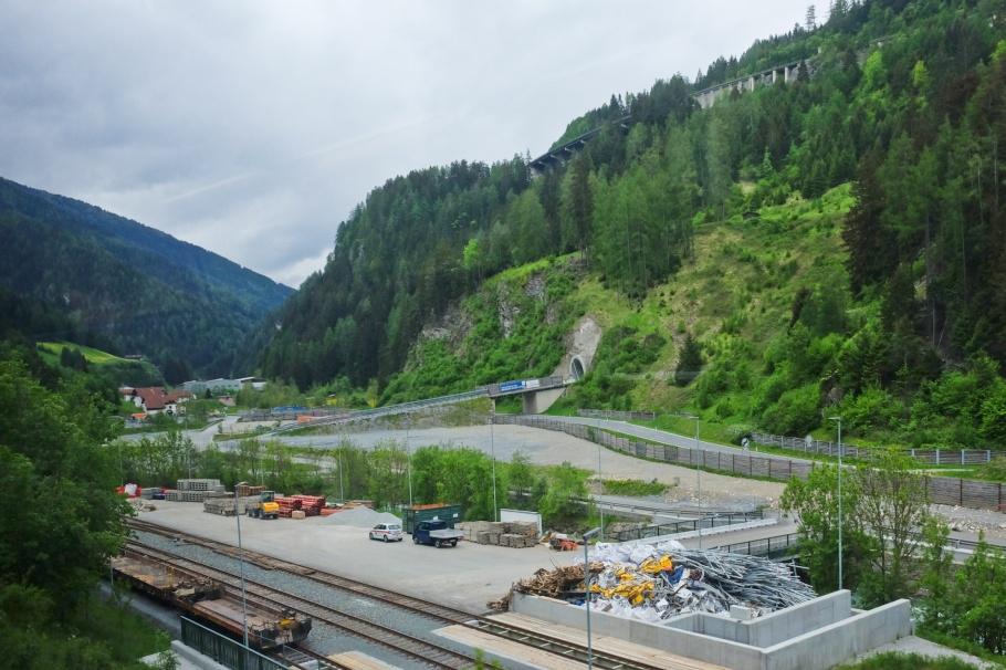 BBT Baustelle, Brenner Basistunnel, Brenner Base Tunnel, Wolf, Steinach am Brenner, Brennerbahn, S-Bahn Tirol, Brenner Pass, Wipptal, Tirol, Tyrol, Austria, Oesterreich, fotoeins.com