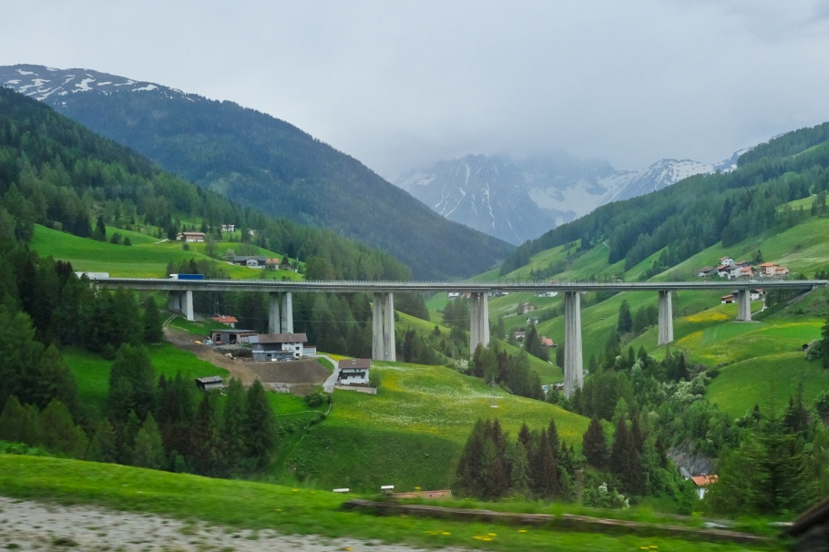 Obernberg am Brenner, Gstreinjöchl, Stubaital, Brennerbahn, S-Bahn Tirol, Wipptal, Tirol, Tyrol, Austria, Oesterreich, fotoeins.com