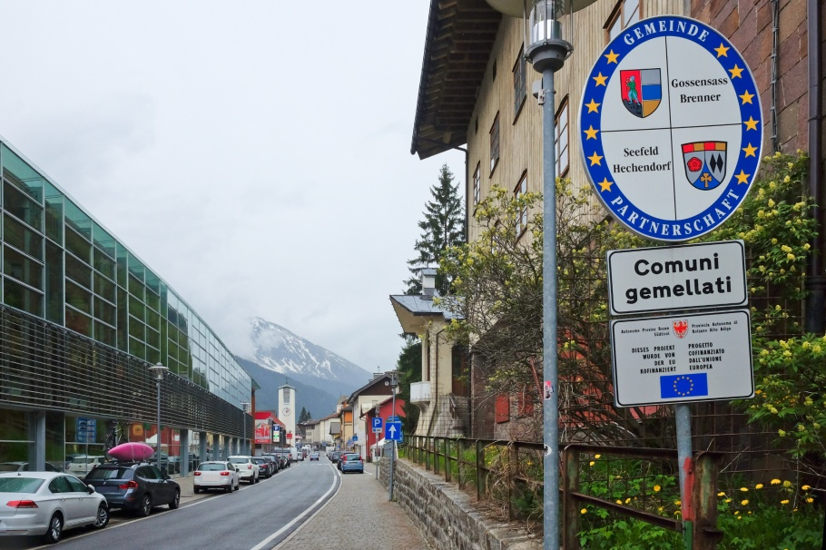 Brenner Pass, Brennerbahn, Brennero, Bolzano, Italia, Italy, South Tyrol, Brenner, Austria, Oesterreich, Tirol, Tyrol, fotoeins.com