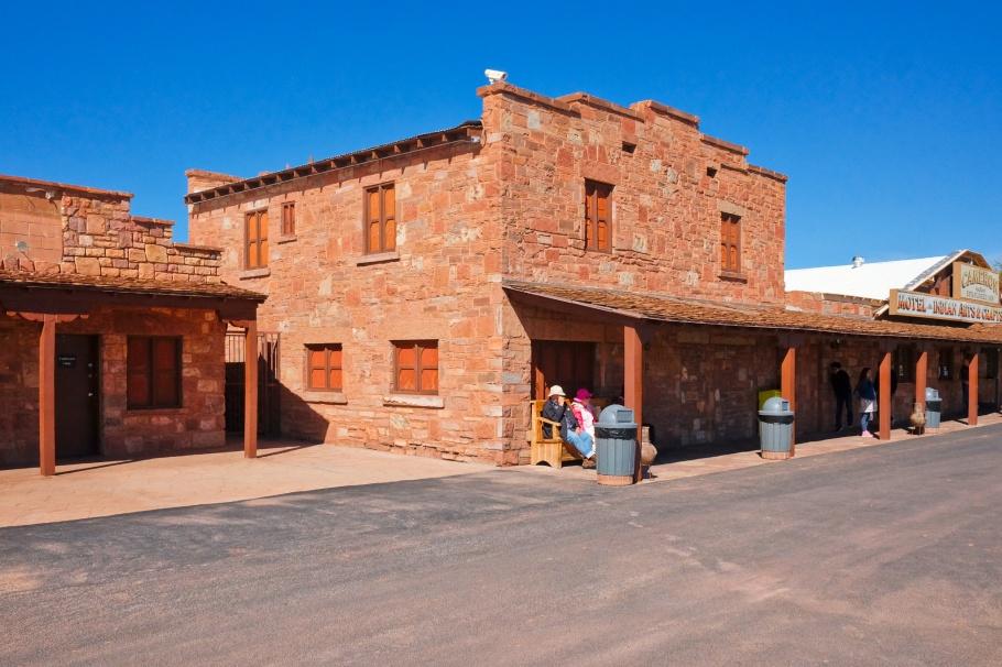 Cameron Trading Post, Cameron, Tanner's Crossing, Little Colorado River, US 89, US Route 89, Navajo Nation, Arizona, USA, fotoeins.com