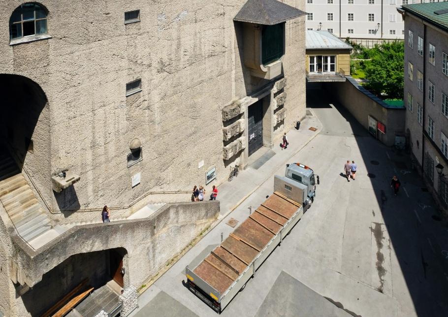 Clemens-Holzmeister-Stiege, Toscaninihof, Moenchsberg, Salzburg, Oesterreich, Austria, fotoeins.com
