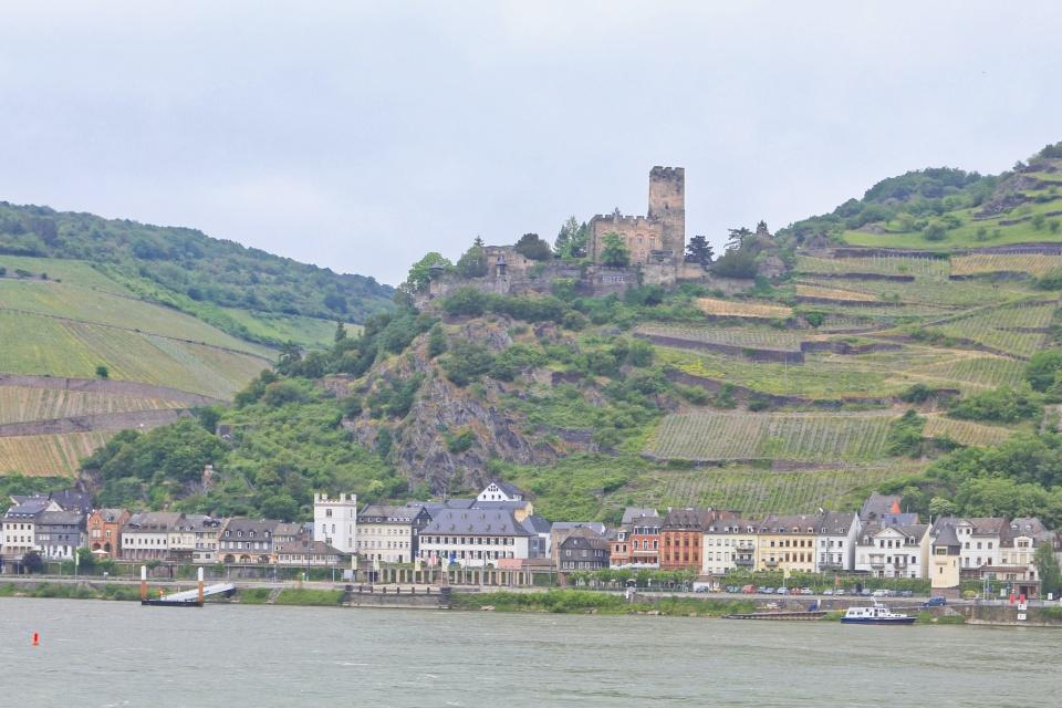 Kaub, Burg Gutenfels, Rhein, Rhine, Oberes Mittelrheintal, Upper Middle Rhine Valley, Germany, Deutschland, fotoeins.com