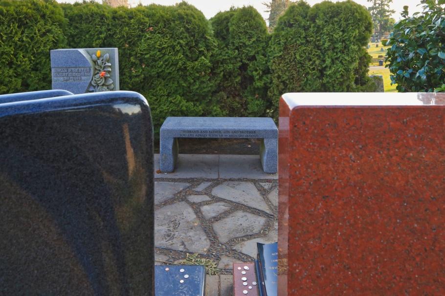 Bruce Lee, Brandon Lee, Lake View Cemetery, fall colours, autumn colours, Capitol Hill, Seattle, Washington, USA, fotoeins.com