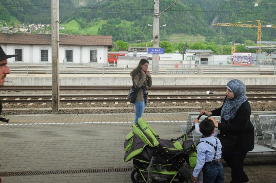 EC89, EuroCity, Jenbach, Tirol, Tyrol, Austria, Österreich, fotoeins.com