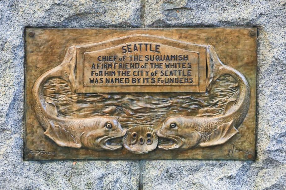 Sealth statue, Tilikum Place, Chief Sealth, Seattle, Washington, USA, fotoeins.com
