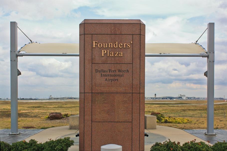 Founders Plaza, DFW airport, DFW, Dallas-Fort Worth, Dallas, Texas, USA, fotoeins.com