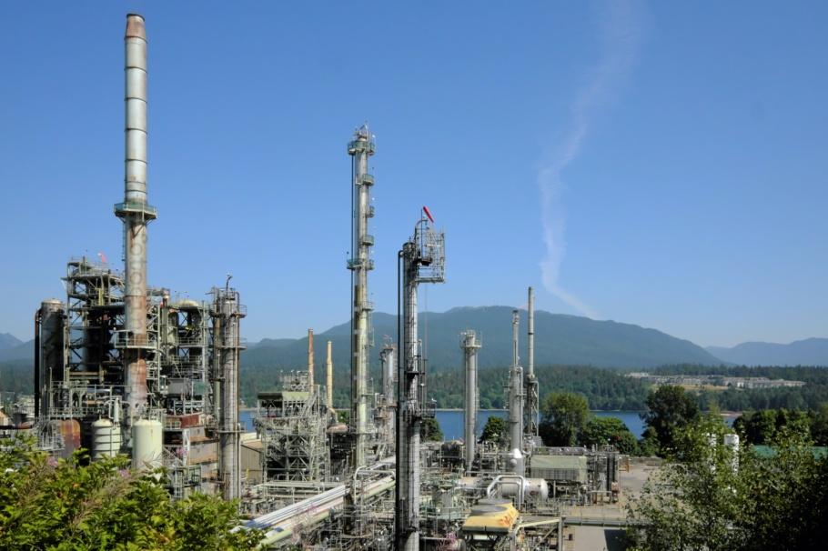 Parkland Burnaby Refinery, Burrard Inlet, Salish Sea, Burnaby, BC, Canada, fotoeins.com, Ektachrome 100SW