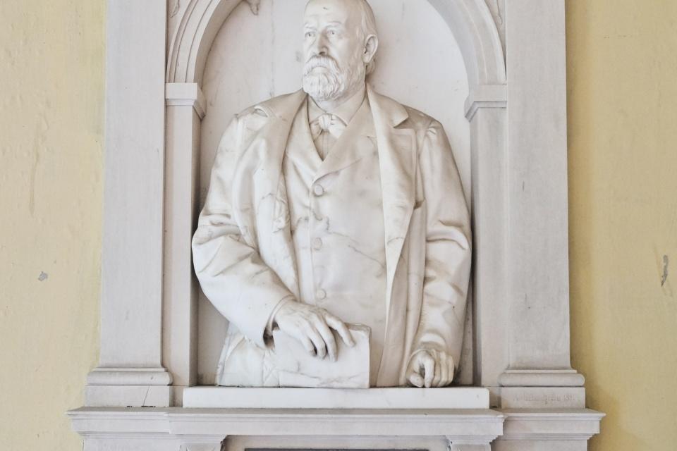 Josef Stefan, Arkadenhof, Universitaet Wien, University of Vienna, physicist, physics, Vienna, Wien, Oesterreich, Austria, fotoeins.com